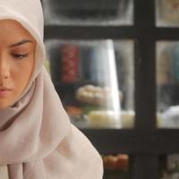 Review: ? (Tanda Tanya) (2011)