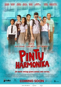 Pintu Harmonika (700 Pictures/Malka Pictures, 2013)
